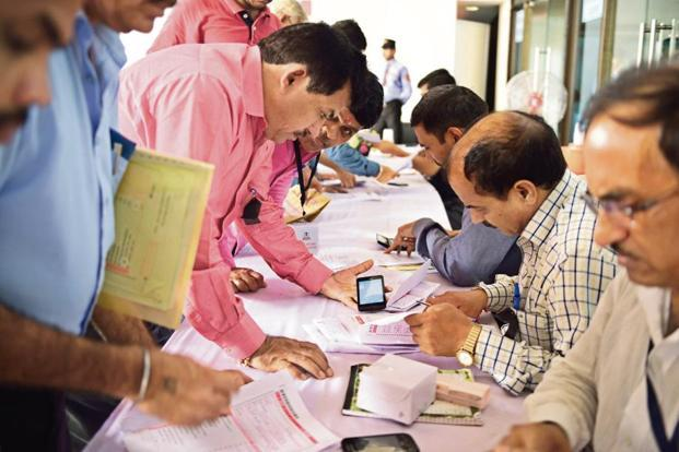 IT department warns salaried class against filing wrong income tax returns