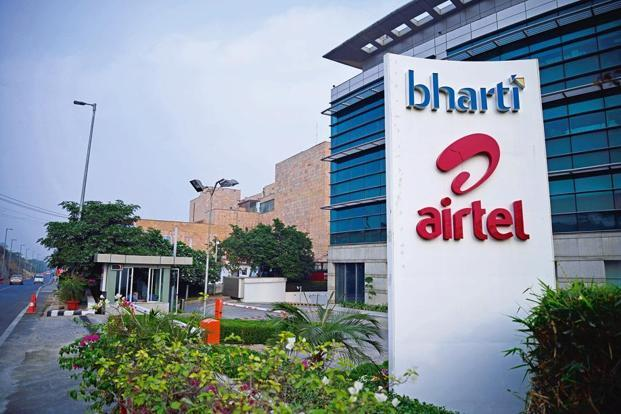 In the quarter ended December, Airtel's quarterly profit plunged 39%, missing analysts' estimates, as India's telecom regulator more than halved interconnection fees and a pricing war triggered by the entry of Reliance Jio continued unabated. Photo: Pradeep Gaur/Mint