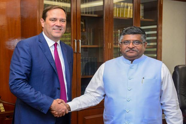 Cisco CEO Chuck Robbins calling on Union minister for electronics & information technology and law & justice, Ravi Shankar Prasad, in New Delhi on Thursday. Photo: PTI