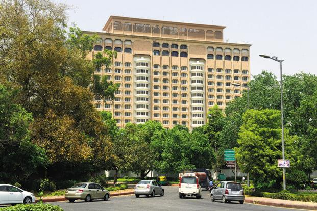 NDMC) has announced the e-auction of three of its premium hotels in Lutyen's Delhi, including the five-star property Taj Mansingh, for a period of 33 years. Photo: Ramesh Pathania/Mint