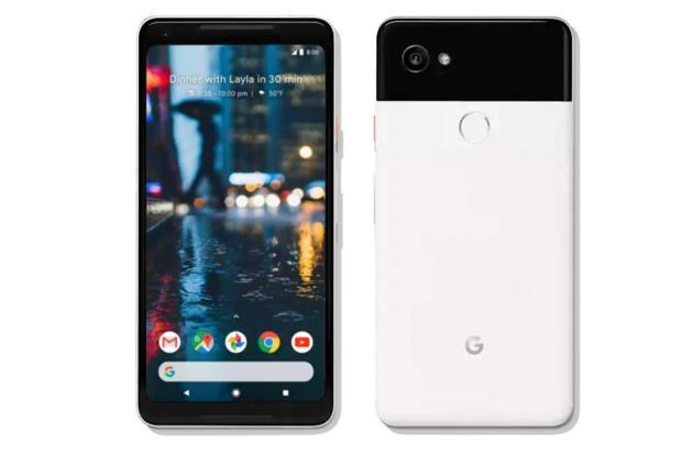 If you have been eyeing Google's big screen Pixel 2 XL but holding back due to the hefty price tag, now is the time.