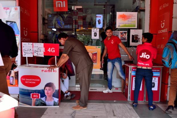 At present, Airtel provides wired broadband up to 100 mbps to 2.1 million users across 89 cities in India while Reliance Jio broadband, in its beta trials is offering 100 mbps speed and unlimited internet at Rs4,500 per month. Photo: Pradeep Gaur/Mint