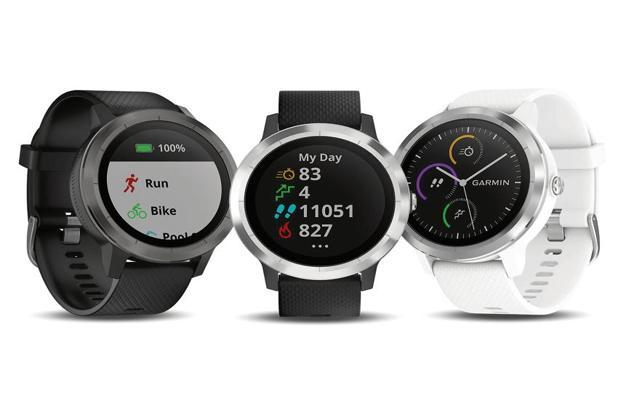 Garmin Vivoactive 3, in fact looks a lot like Samsung's Gear smartwatches. Photo: iStock