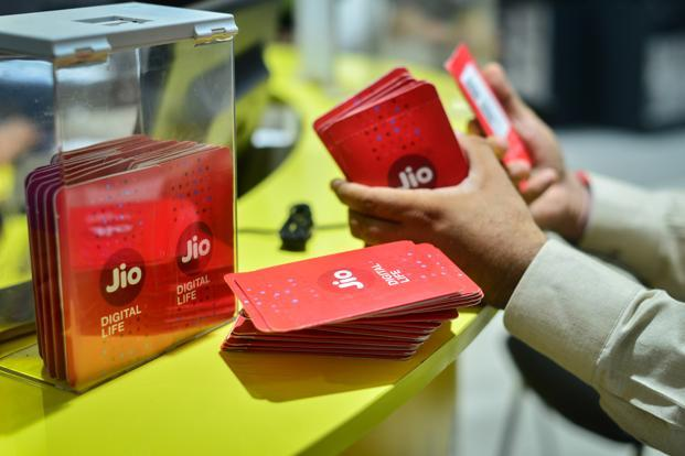 In the quarter ended 31 March, Reliance Jio added more than 9.4 million subscribers, taking its total users to 186.5 million. Photo: Aniruddha Chowdhury/Mint