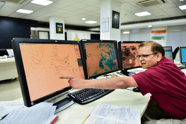 An IMD official at the Mausam Bhawan office (India Meteorological Department) at Lodhi Road, New Delhi. Photo: Priyanka parashar/Mint