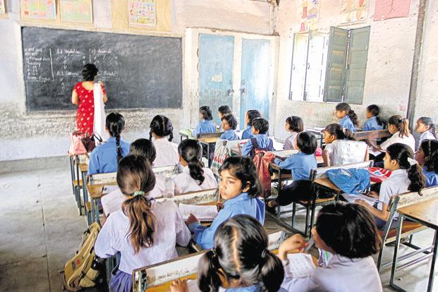 In 2011-15, the total enrolment in government schools fell by 11.2 million, whereas in private, it rose by 16 million. Photo: HT
