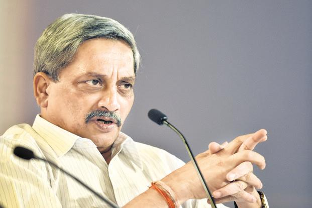 Goa Chief Minister Manohar Parrikar said mineral exports from the state has come to a halt impacting the lives of about 1.5 lakh people and that the mining sector is now staring at total collapse. Photo: HT File