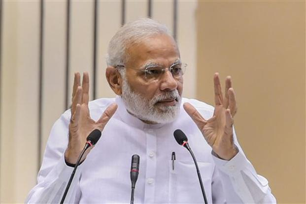 Narendra Modi says new ideas come from young minds at campuses and not govt buildings and fancy offices. Photo: PTI