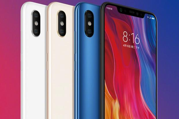 Xiaomi Mi 8 features a notched 6.21-inch AMOLED display