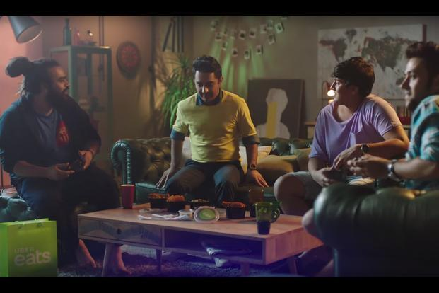 Like the old Dhara ad, the new film also drives the same message that everybody enjoys a meal with loved ones within the comfort of their homes