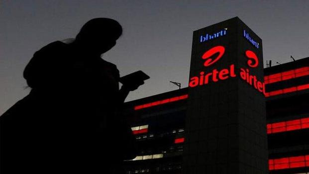 Airtel broadband users who are calling up the customer care helpline and trying to negotiate a deal with more discounts or bonus data are bagging benefits. Photo: Reuters