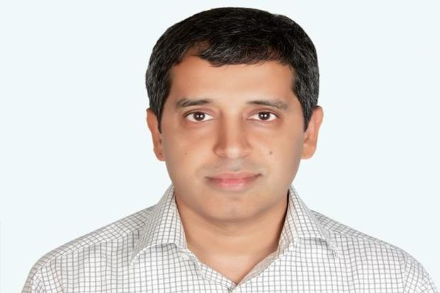 Vikram  Nirula will advise on Carlyle Group's investment activities in India.