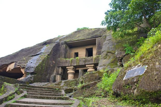 That you can get to the Kanheri caves in just over an hour is a big plus.