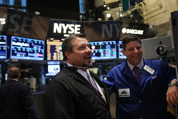Industrials propel Dow to another new high