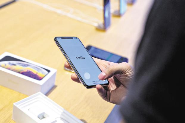 Online sales will constitute as much as 42% of total smartphone sales in India during the Amazon and Flipkart five-day sale events. Photo: Bloomberg