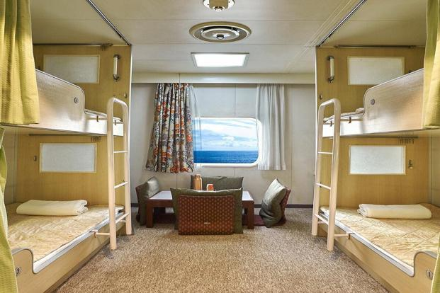 For budget constraint travellers in the Mumbai-Goa cruise, there are dorms and pods which give you a comfortable bunk bed to catch some sleep at night.