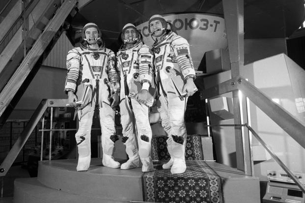 Members of the Soviet-Indian space crew, Gennady Strekalov, Rakesh Sharma and Yury Malyshev, at the Gagarin Cosmonaut Training Centre. Photo: Sputnik