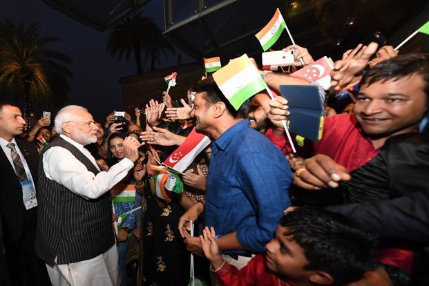 Prime Minister Narendra Modi with the Indian diaspora in Singapora on Wednesday. Photo: Twitter/@NarendraModi