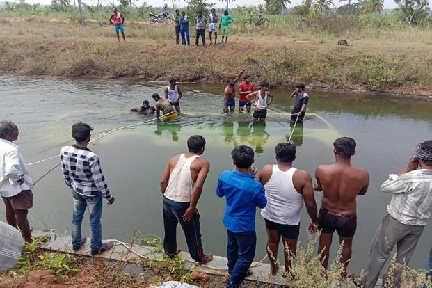 At Least 25 Dead as Bus Falls Into Canal in Southern India