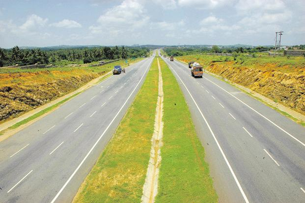 The enterprise value of HCC Concessions's Bahrampore-Farakka highway stretch in West Bengal is around ₹1,400-₹1,500 crore as against the total project cost of around ₹1,800 crore. Photo: Aniruddha Chowdhury/Mint