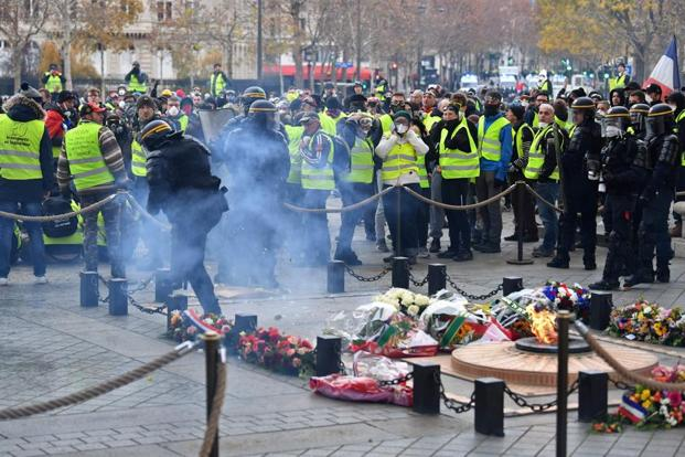 Sixty-five people injured in Paris protests