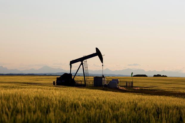 International Brent crude oil futures were down 56 cents, or 0.9 percent, at $61.52 per barrel. Photo: Reuters