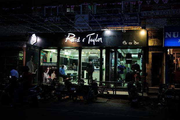 Reid & Taylor India, owned by the Kasliwal family-run S Kumar Group, which is also facing bankruptcy proceedings, owes over ₹4,100 crore to banks and other lenders. Photo: Mint