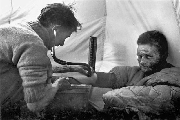photo essay into thin air slideshow livemint pioneering british climber and explorer eric shipton gets his blood pressure checked during the 1938 everest